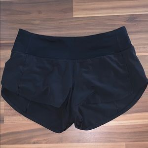 "Lululemon Speed Up Shorts Black *2.5"" size 2"